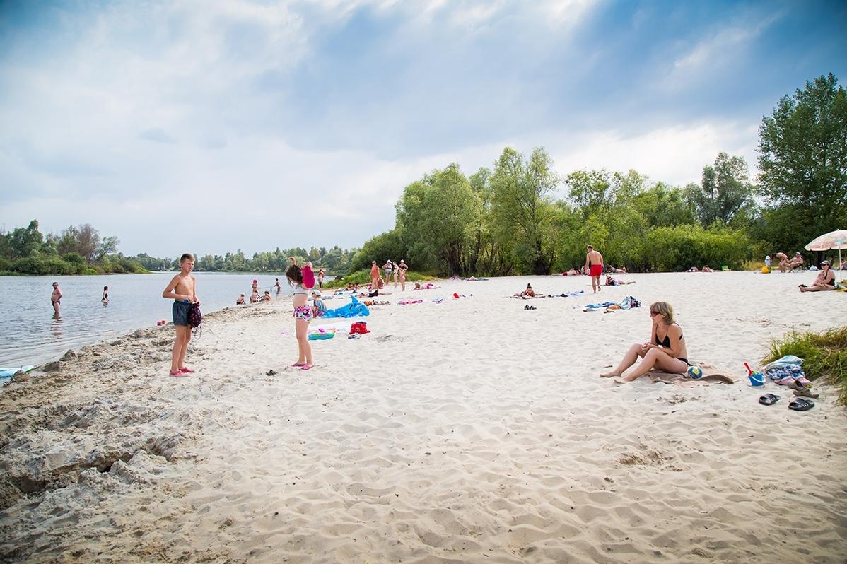 Без Купюр В Олександрії готують до сезону міський пляж Життя  пляжі Олександрія Благоустрій 2020 рік