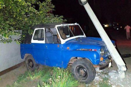 У Кропивницькому п'яний водій зніс електроопору
