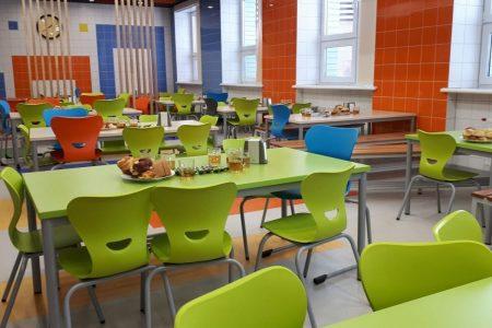 Шведський стіл та дабл-меню: на Кіровоградщині оновлять меню в шкільних їдальнях