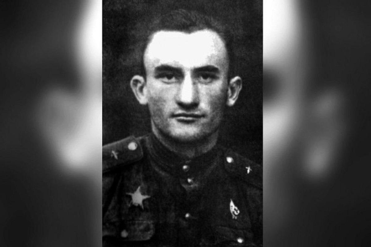 Без Купюр Пошуковці знайшли фото командира літака часів Другої світової війни, збитого над Долинською Життя  Суспільне Літак 2020 рік