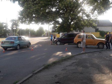 У Кропивницькому через ДТП годину було ускладнено рух на Балашівці. ФОТО. ВІДЕО