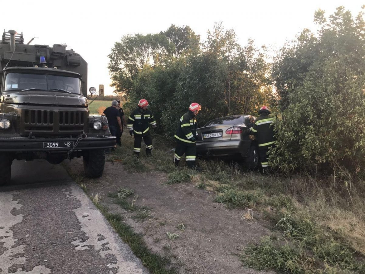 Без Купюр На Кіровоградщині внаслідок лобового зіткнення двох авто загинув водій За кермом  ДТП ДСНС Daewoo 2020 рік