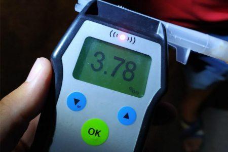 """У Кропивницькому патрульним """"попався"""" водій з алкоголем у крові в 19 разів вище норми"""
