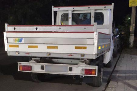 У Кропивницькому чоловік пограбував супермаркет – втік із краденими продуктами на автівці
