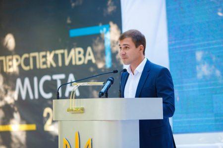 Артем Стрижаков: Наше місто загнали в боргову яму