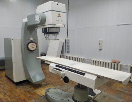 Яриніч скаржиться на старе обладнання в Кіровоградському онкоцентрі і загрозу закриття відділення