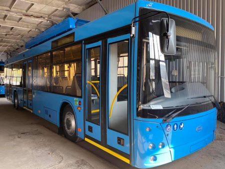 2 нові тролейбуси з автономним ходом уже надійшли до Кропивницького