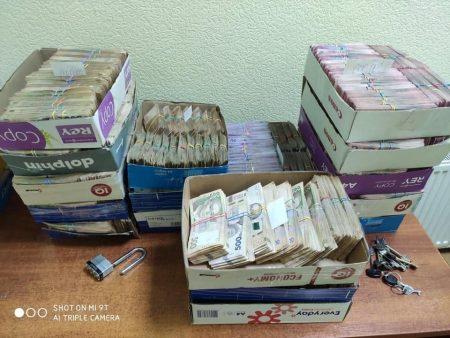 Фіскали провели обшуки на підприємствах одного власника в Києві та на Кіровоградщині. ФОТО