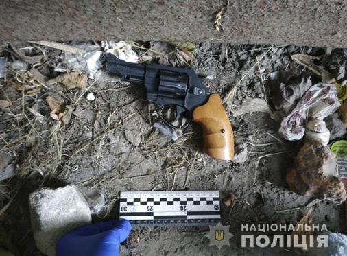 Без Купюр Поліція затримала злодія, який обкрадав автівки в Кропивницькому Кримінал  поліція злодій авто 2020 рік