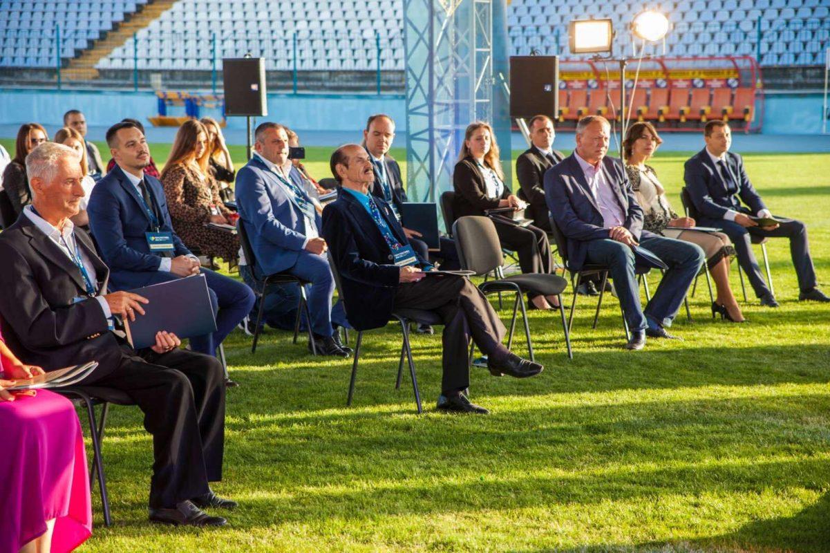 Без Купюр Артем Стрижаков озвучив стратегію, як зробити місто комфортним і перспективним для кожного Політика Реклама  стратегія новини Кропивницький вибори Артем Стрижаков 2020 рік