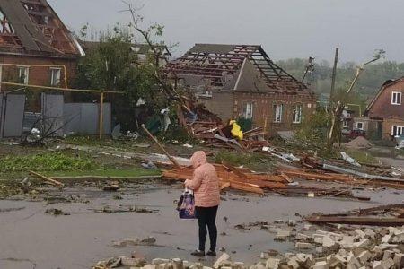 У Кропивницькому негода знесла дахи та зруйнувала будинки. ФОТО. ВІДЕО