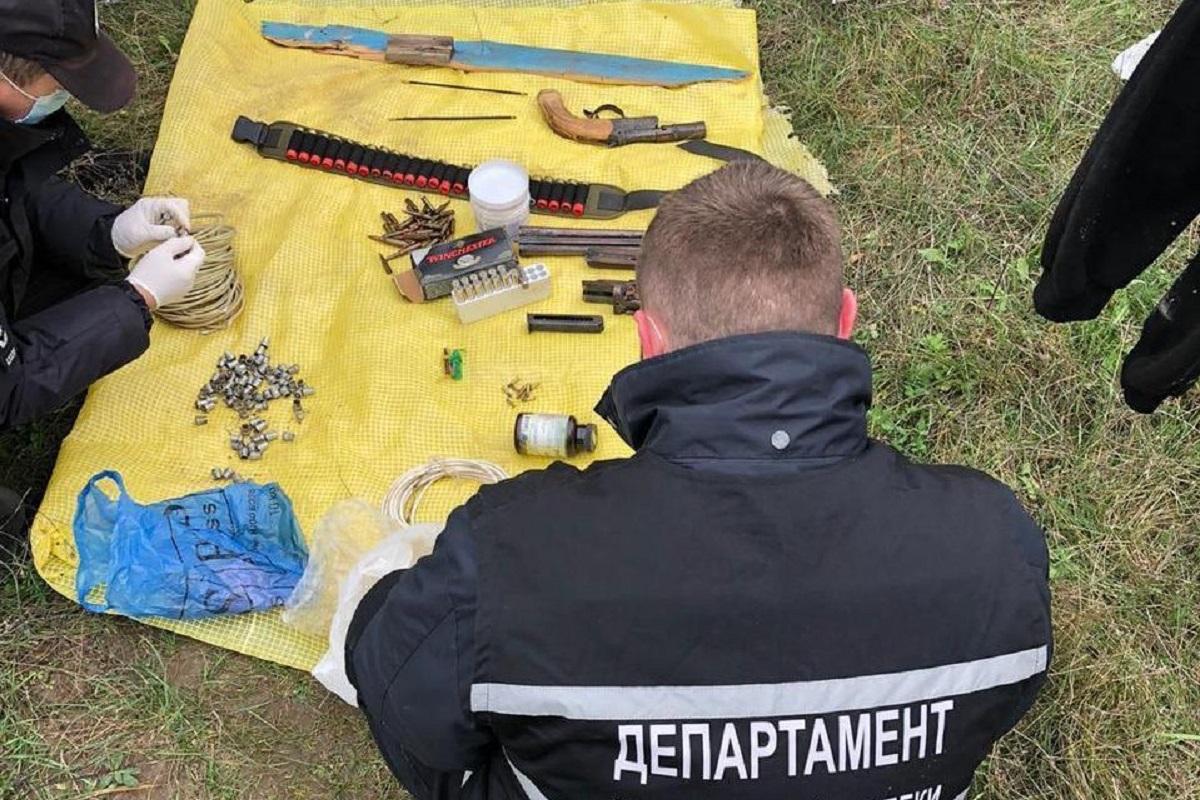 Без Купюр Житель Кропивницького незаконно зберігав на дачі зброю Кримінал  зброя ГУ Нацполіції