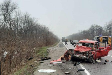 Кіровоградщина: в Олександрійському районі внаслідок ДТП загинула жінка. ФОТО