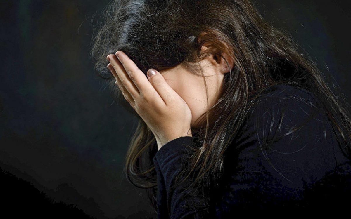 Без Купюр У Кропивницькому засудили 2 дівчат і хлопця за зґвалтування дівчинки, свідків - два десятка Головне Кримінал  підлітки новини насилля Кропивницький згвалтування