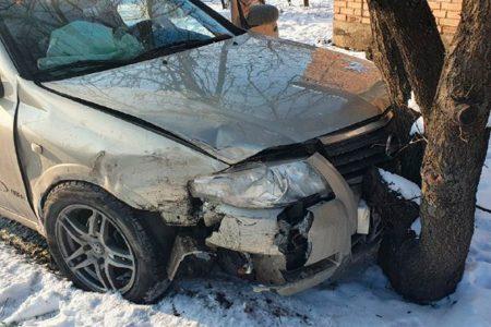 У Кропивницькому водій під час обгону спричинив ДТП. ФОТО