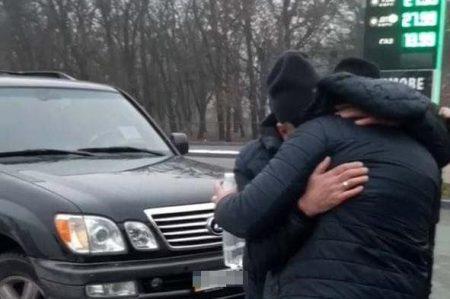 На Кіровоградщині силою утримували викраденого харків'янина. ФОТО. ВІДЕО