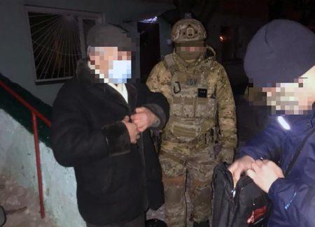 """Підозрюваний у співпраці з ФСБ кропивничанин на час розслідування """"сидітиме"""" вдома"""