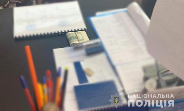 Без Купюр У Кропивницькому затримали на хабарі декана льотної академії Головне Корупція  хабар новини льотна академія Кіровоградщина 2021 Квітень