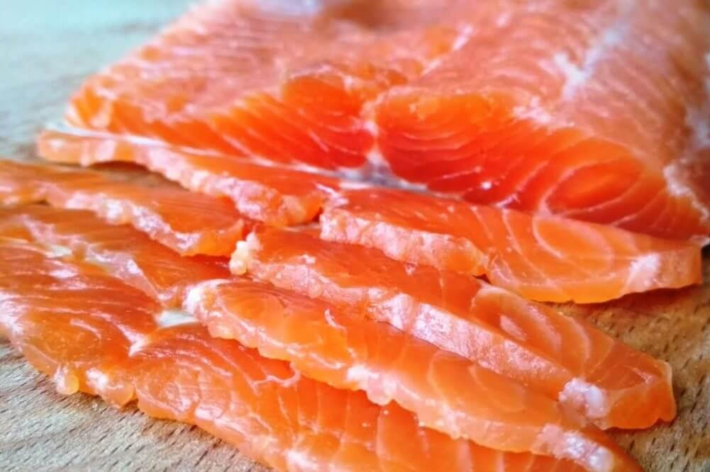Без Купюр В кропивницькому супермаркеті виявили прострочену рибу Життя  риба новини копілка Кіровоградщина 2021 Квітень