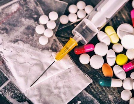 Підліткова наркоманія. Чи є і чия проблема?