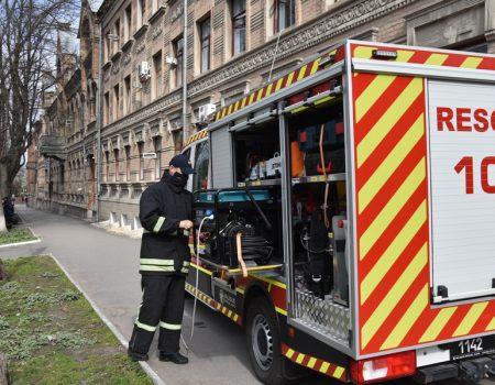 Керівниця поліклінічного об'єднання запевняє, що медпрацівники забезпечені засобами захисту