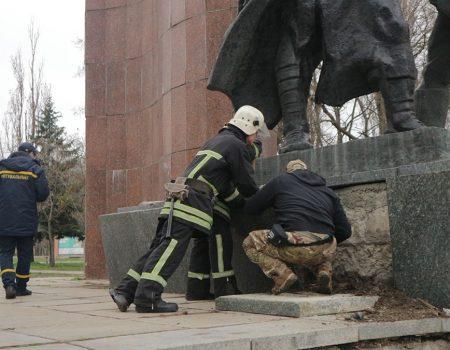 У Кропивницькому напали на депутата, лікарі не пускають до нього навіть слідчих