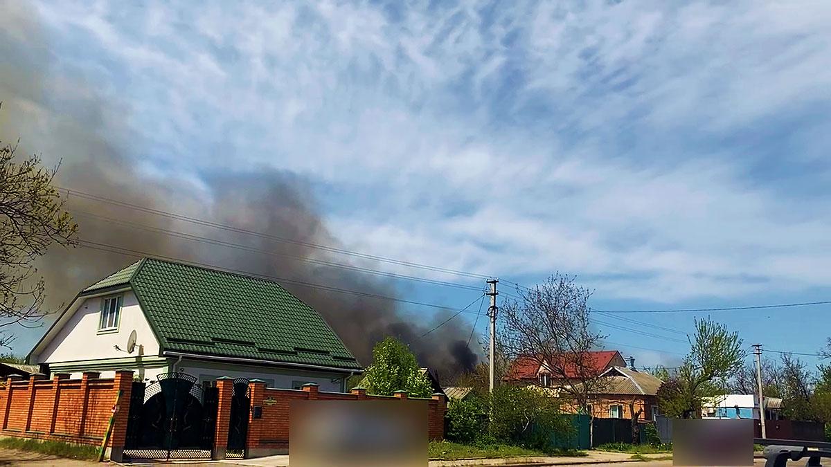 Без Купюр Пожежу очерету було видно в трьох мікрорайонах Кропивницького. ФОТО. ВІДЕО Події  пожежа новини Кропивницький 2021 рік