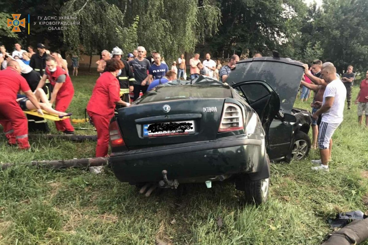 Без Купюр Водій «Skoda Octavia», що спричинив ДТП із потерпілою в Кропивницькому, був п'яним За кермом  новини Кропивницький Кіровоградщина ДТП 2021 Липень