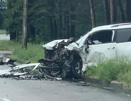 Кропивницький: ДТП в районі Лісопаркової, двох водіїв доправили до лікарні. ФОТО