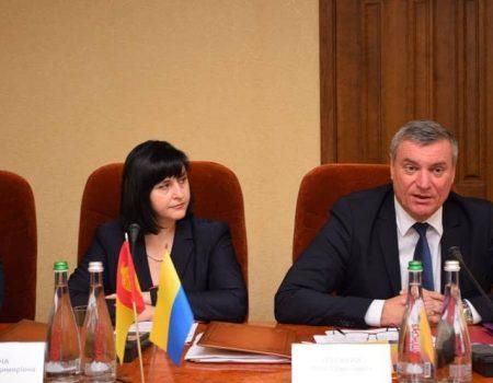 Віце-прем'єр пообіцяв підтримку у відновленні аеропорту в Кропивницькому