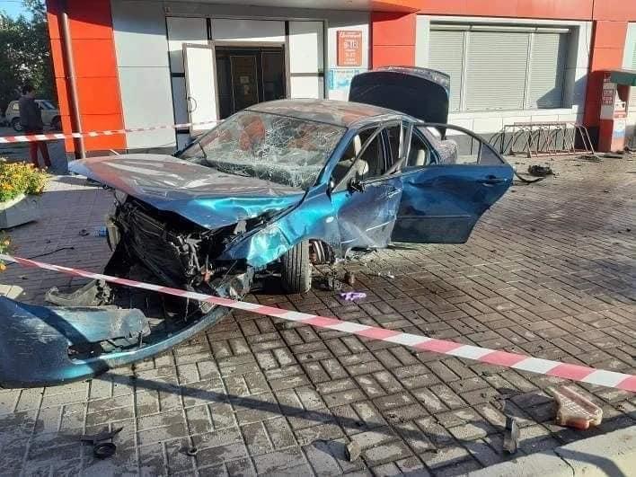 Без Купюр У Світловодську водійка збила перехожу, жінка померла в лікарні. ФОТО Головне За кермом  новини Кропивницький Кіровоградщина 2021 рік 2021 Вересень