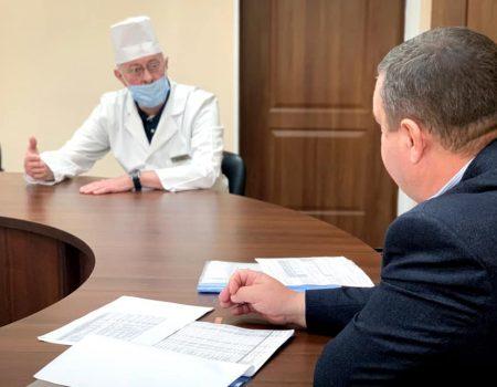 Облрада звернеться до уряду щодо критичної ситуації з фінансуванням медзакладів Кіровоградщини