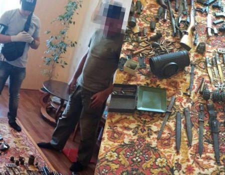 На Кіровоградщині СБУ викрила чорного археолога – продавав зброю часів ІІ Світової війни. ФОТО