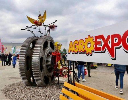 """У Кропивницькому відкрилася Міжнародна агропромислова виставка """"AGROEXPO-2021"""". ФОТО"""