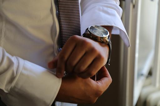 Без Купюр Три популярных бренда мужских часов: что носить выгодно? Життя  новини Кропивницький Кіровоградщина годинники